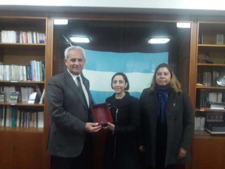 El decano con autoridades del Concejo Deliberante de Godoy Cruz