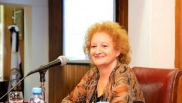 María Inés Abrile de Vollmer disertó en el marco de la revisión y la reforma de los planes de estudio