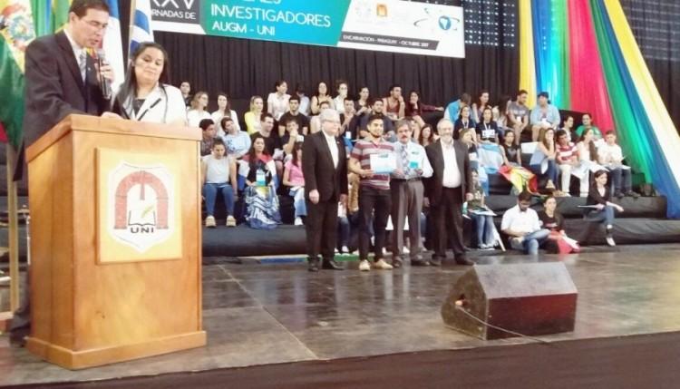 José Luis Chapa, un premiado y joven investigador   Ver  Modificar  Módulos