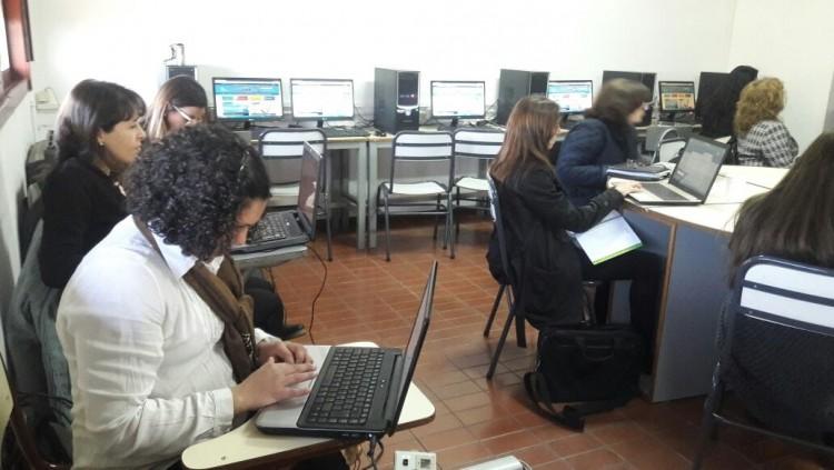 Digitalización de espacios curriculares en la Facultad