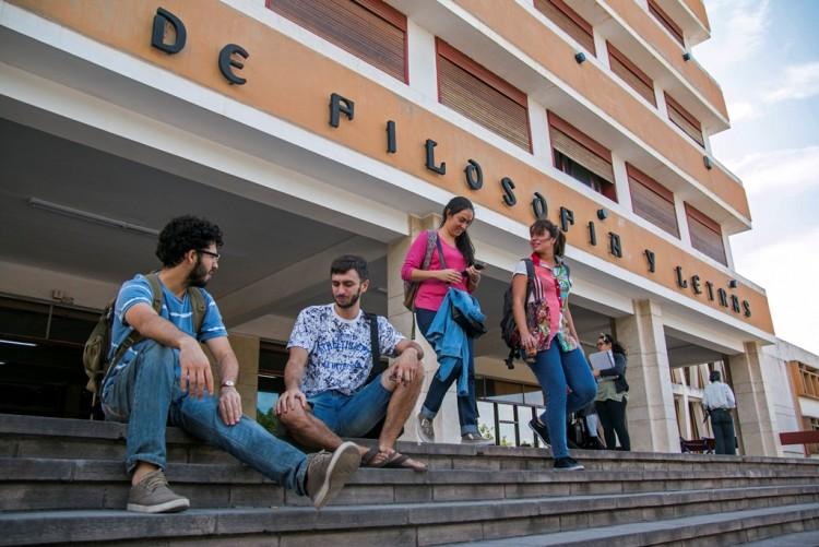 Hoy, viernes 16, Filosofía y Letras abre las puertas a sus futuros estudiantes