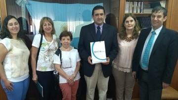 Representantes de Ventana Academy se reunieron con autoridades de la Facultad