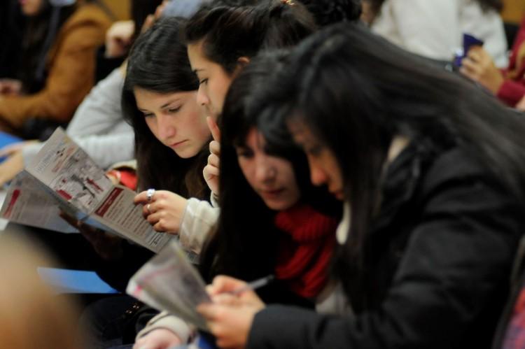Bienvenida a estudiantes extranjeros