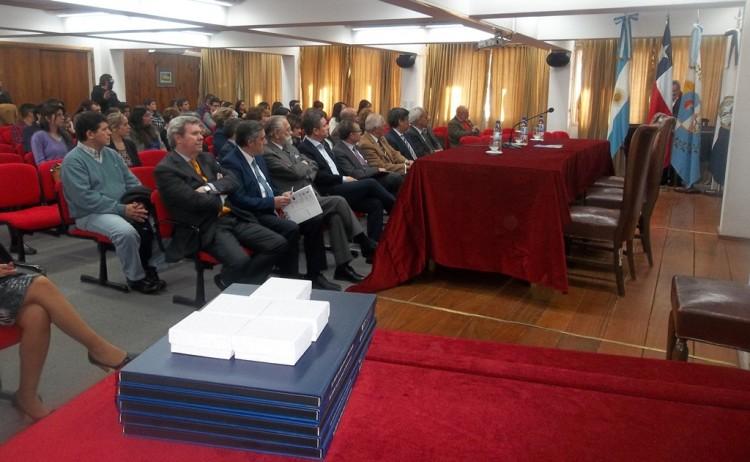 """Comenzó el Seminario Internacional """"El Cruce de Los Andes"""" en la Facultad"""