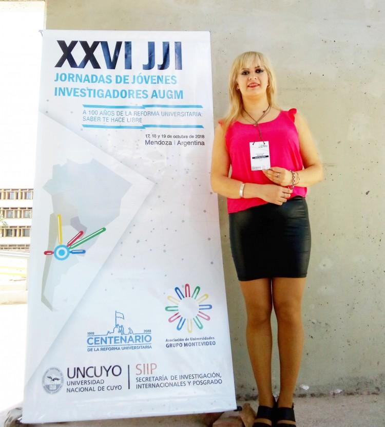 la joven investigadora Yanela Pereyra