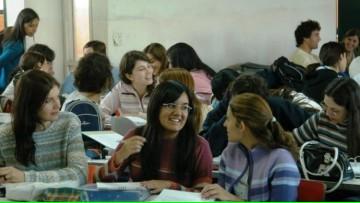 Convocatoria abierta para beca de prestación de servicios en el Departamento de Portugués